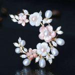 SINZRY Hotsale cut cubic zirconia micro paved natural pearl shell brooches pin Luxury bridal <b>jewelry</b> <b>accessory</b>