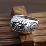 Thai <b>silver</b> <b>jewelry</b> manufacturer S925 <b>Sterling</b> <b>Silver</b> American Punk Skull Knight cross fashion men's section ring