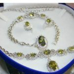 Women's Wedding elegant women 's fashion set Throws green crystal necklace bracelet earring ring real silver –<b>jewelry</b>