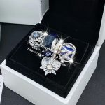 4pcs Fashion <b>Jewelry</b> Set S925 Silver Snowflake Golden Heart Dangle Charms Fit DIY Bracelet Necklaces <b>Jewelry</b> <b>Making</b> Woman Gift
