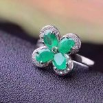 Natural green emerald Ring Natural gemstone forefinger 925 <b>sterling</b> <b>silver</b> trendy Elegant Lucky leaf clover women party <b>Jewelry</b>