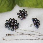Prett Lovely Women's Wedding Genuine Freshwater Pearl Flower Stud Earrings Pendant Necklace SET /<b>Jewelry</b> Box