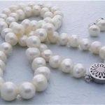 Prett Lovely Women's Wedding 8-9MM White Akoya Cultured Pearl necklace clasp earrings set