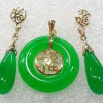 Prett Lovely Women's Wedding Green gem Fortune Round Pendant Necklace Drop Earrings Set 5.23