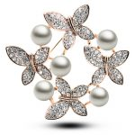 Elegant Beautiful Flower shape rhinestones women brooches pearl <b>jewelry</b> brooches for charming gift 4983-1-88