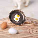 Blucome Cute Small Pan Poached Eggs Shape Brooches <b>Jewelry</b> For Women Kids Sweater Coat Brooch Pin Gold Color Clothes Accessories