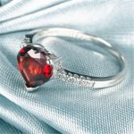 Hot-Selling <b>Ring</b> Red 7mm*7mm Garnet 925 Sliver Crystal Jewelry For Wedding/PartyBirthday Free Shipping